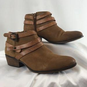 Steve Madden Regent Leather Ankle Booties